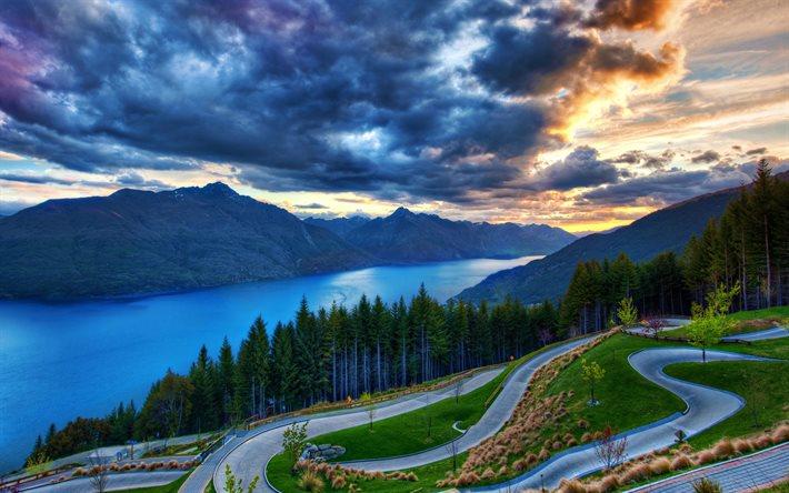 thumb2-waiheke-island-sunset-mountain-winding-road-new-zealand